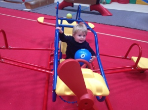 play gym aeroplane