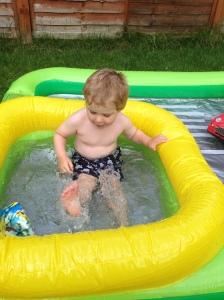 hot tub splashing