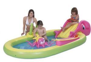 octopus swimming pool